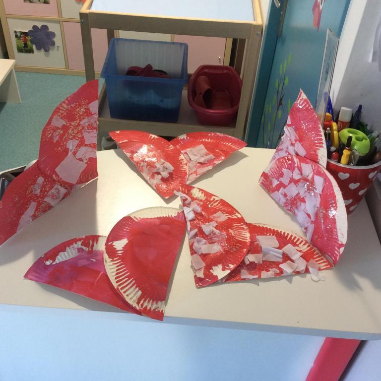 bricolage Saint valentin à la crèche