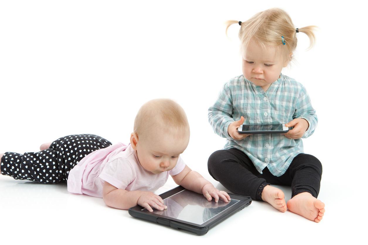 Ecrans tactiles et bebes copie 3